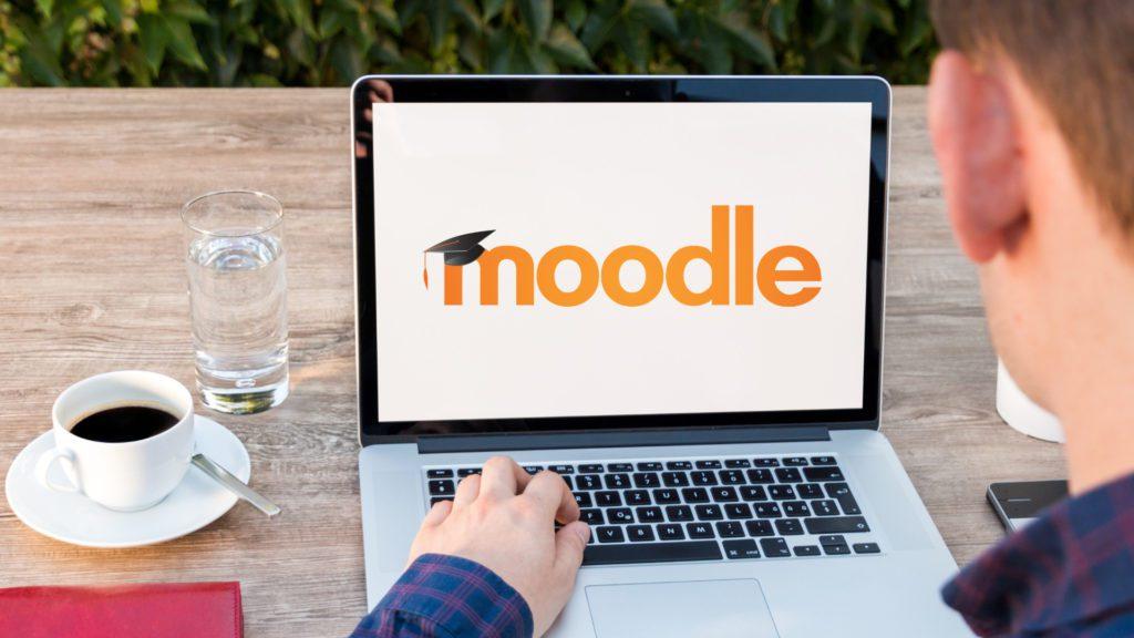 ¿Cómo es un entorno virtual Moodle?