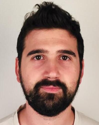 Adrián S. – Grado superior